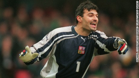 Goalie Pavel Srnicek in 'critical' condition