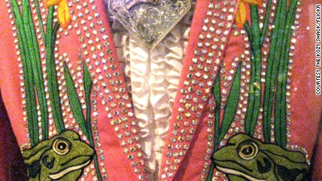 Hank Snow Swan Suit by Nudie Cohn.