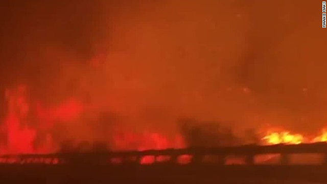 Family drives through Southern California wildfire: 'It was terrifying'