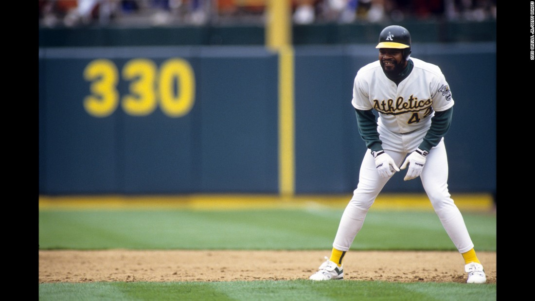 "Former Major League Baseball outfielder <a href=""http://www.cnn.com/2015/12/27/us/dave-henderson-dies/index.html"" target=""_blank"">Dave Henderson</a> died Sunday, December 27, not long after having a kidney transplant. He was 57."