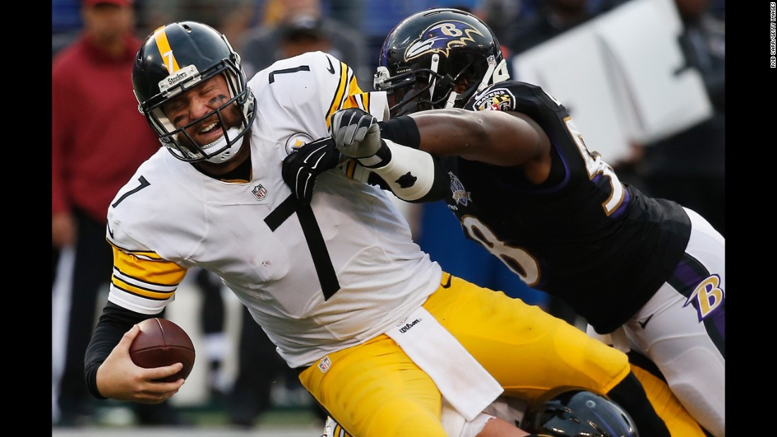 """""""Big Ben"""" (#7) is the third consecutive quarterback on this list from the vaunted class of 2004. Like Manning, Roethlisberger has earned two Super Bowl rings and four Pro-Bowl appearances, though he has suffered some niggling injuries along the way. The 34-year-old missed four games in 2015 but came back to battle in the playoffs, losing to eventual champions the Denver Broncos in the conference semifinals."""