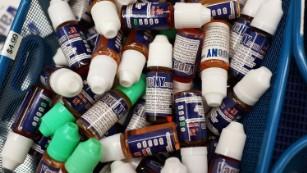 E-liquid looks colorful and the flavors are attractive to children.
