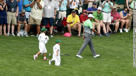 AUGUSTA, GA - APRIL 08:  Tiger Woods of the United States (R) walks with his girlfriend Lindsey Vonn, son Charlie and daughter Sam during the par 3 contest prior to the start of the 2015 Masters Tournament at Augusta National Golf Club on April 8, 2015 in Augusta, Georgia.  (Photo by Ross Kinnaird/Getty Images)