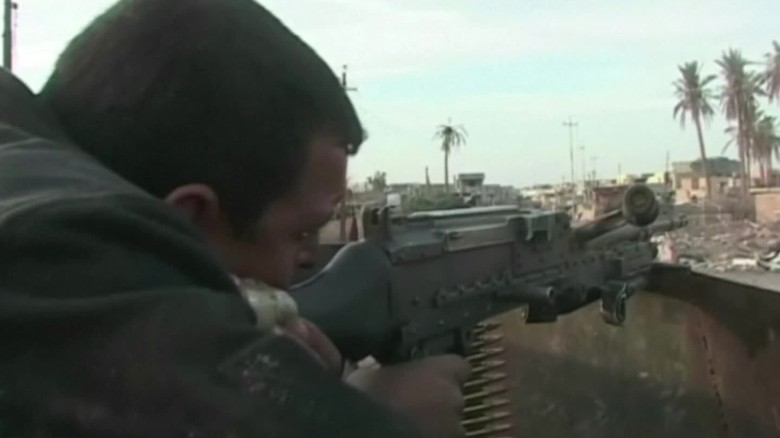 ISIS suicide bombers attack Iraqi army base elbagir lklv_00000620