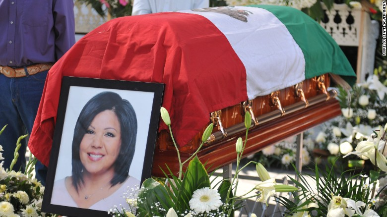 Slain Mexican mayor laid to rest