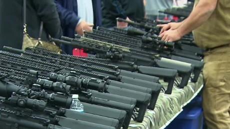 Virginia Gun Show pkg Tuchman ac_00002717.jpg