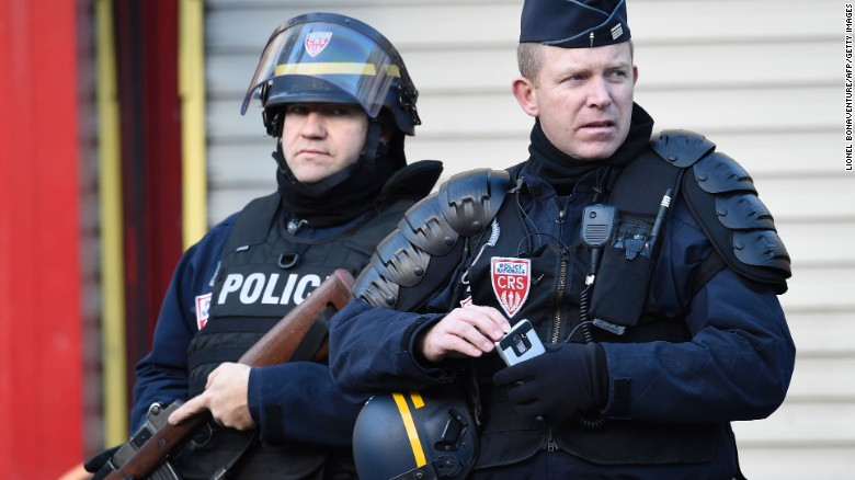 Paris police kill man yelling 'Allahu Akbar'