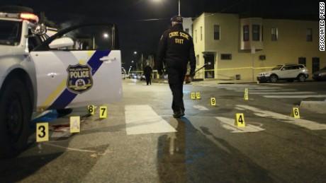 police officer shot philadelphia marquez_00000000