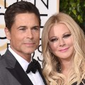 golden globes red carpet 2016 - Rob Lowe and Sheryl Berkoff