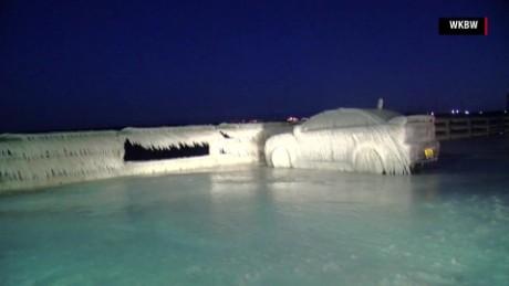 Frozen car_00001028