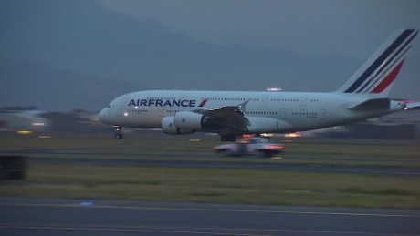 cnnee vo airbus a380 france airplane _00001408