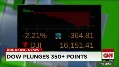 dow plunges wall street kosik nyse lead_00002608