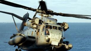 A Marine Corps CH-53E Super Stallion