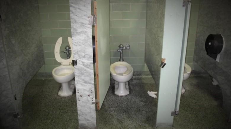 detroit school conditions casarez dnt_00012816
