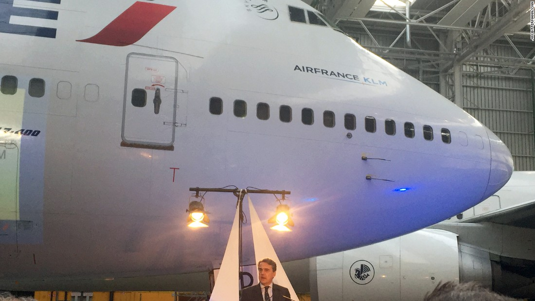"Air France CEO Alexandre de Juniac takes a moment to speak at the farewell ceremony. For 37 years, the 747 was the biggest commercial airliner in the world, until the Airbus A380 appeared in 2007. As engineers design more efficient planes, <a href=""http://news.delta.com/first-boeing-747-400-takes-historic-final-flight"" target=""_blank"">Delta Air Lines and other carriers</a> are expected to follow Air France and phase out their 747s in the coming years."