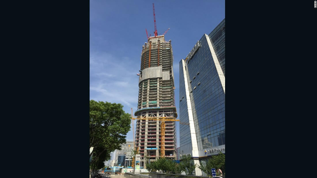 The Suzhou IFS is two meters shy of the Changsha tower.<br /><strong>Height: </strong>450 meters (1476 feet)<strong><br />Architect:</strong> Kohn Pedersen Fox Associates