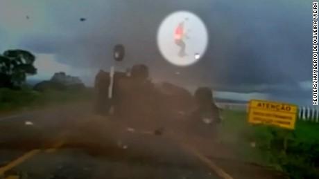truck flip brazil vo nr_00000607