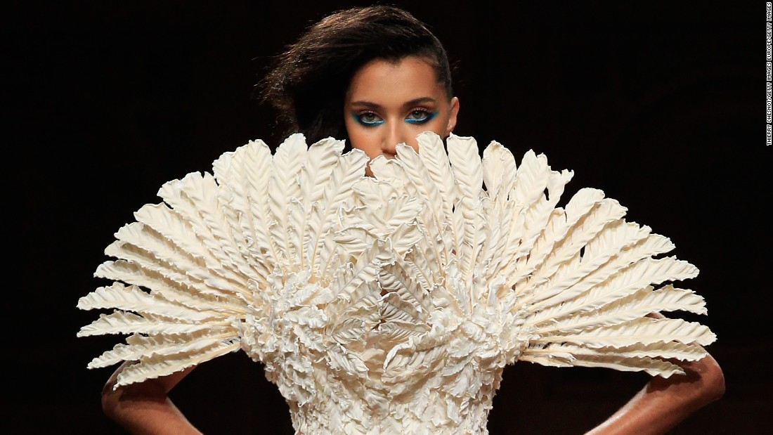 Why it matters haute couture for Buy haute couture