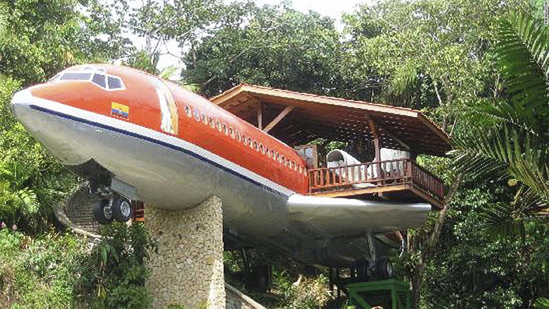 "This vintage 1965 Boeing 727 airframe sits in the jungle canopy of Costa Rica. It's been transformed into a luxury suite at <a href=""http://www.tripadvisor.com/Hotel_Review-g309274-d300778-Reviews-Hotel_Costa_Verde-Manuel_Antonio_National_Park_Province_of_Puntarenas.html"" target=""_blank"">Hotel Costa Verde</a>."