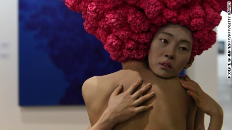 An art installation titled Dreamers by Xoonang Choi was displayed at Art Stage Singapore in January. The fair is a major showcase of modern Asian works.