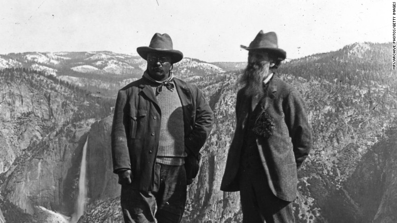 Cconservationist John Muir (right) showed President Theodore Roosevelt the wonders of Glacier Point in Yosemite, California, circa 1903.