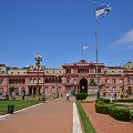 buenosairesfree-Plaza 25 de Mayo and Casa Rosada 2