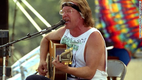 GARBERVILLE, CA - AUGUST 10: Paul Kantner of Paul Kantner's Wooden Ships performs at the Eel River on August 10, 1991 in Garberville, California.  (Photo by Tim Mosenfelder/Getty Images)