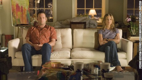Former lovers, now hostile roommates, bus tour guide Gary (VINCE VAUGHN) and art dealer Brooke (JENNIFER ANISTON) ?share? a quiet moment in the romantic comedy The Break-Up.