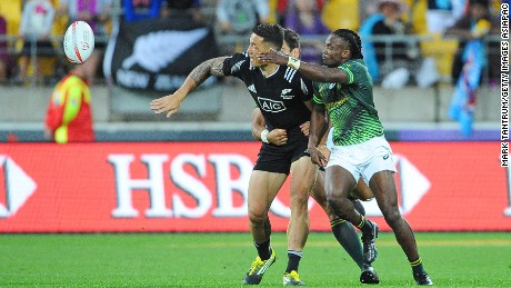 WELLINGTON, NEW ZEALAND - JANUARY 31: Sonny Bill Williams of New Zealand attempts to offload the ball during the 2016 Wellington Sevens match between New Zealand and South Africa at Westpac Stadium on January 31, 2016 in Wellington, New Zealand.  (Photo by Mark Tantrum/Getty Images for HSBC)