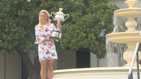 angelique kerber wins Australian open _00003108.jpg