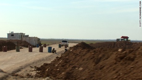 In a corner of northern Syria, a secret airfield is being built to help the U.S. military step up its war against ISIS.