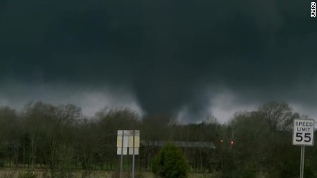 raw tornado Alabama touches down_00000000.jpg