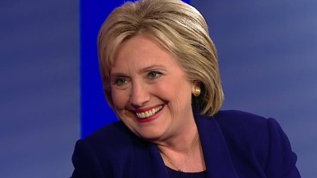 nh democratic town hall clinton defends progressive credentials 11_00000712