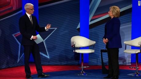 Hillary Clinton shrugs off Goldman Sachs speaking fees