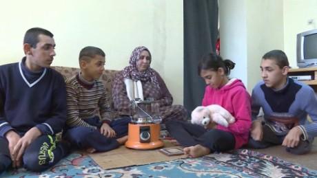 jordan asks for help in refugee crisis karadsheh_00000711