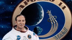Edgar Mitchell in his official Apollo 14 portrait.
