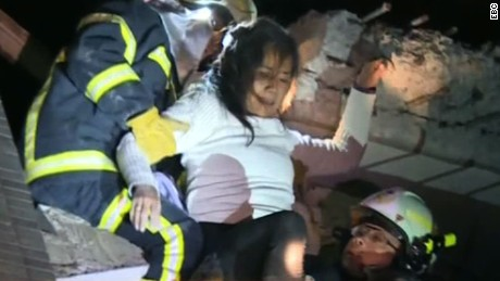 taiwan earthquake building collapse_00005529