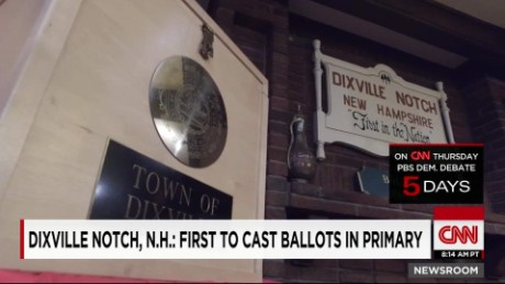 Dixville Notch, N.H.: First to cast ballots in primary_00004406