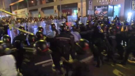 hong kong new years violence molko_00013620