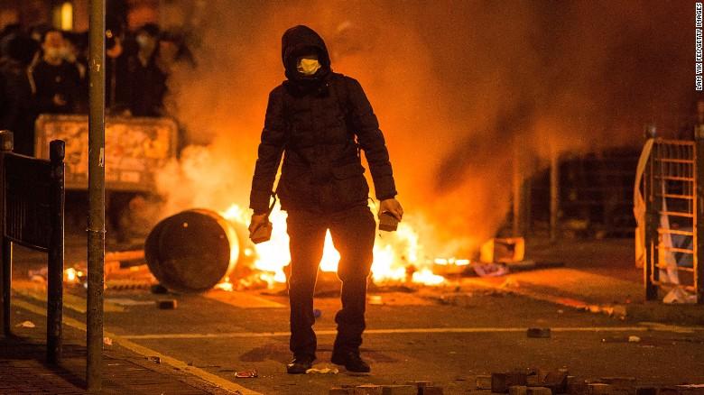 Lunar New Year: Hong Kong protests turn violent