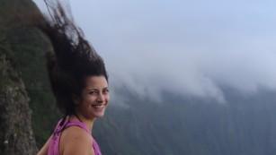 Elizabeth Mecklenburg solo in Hawaii
