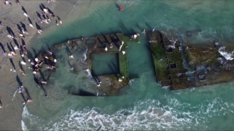 coronado shipwreck reappears on beach pkg _00015528
