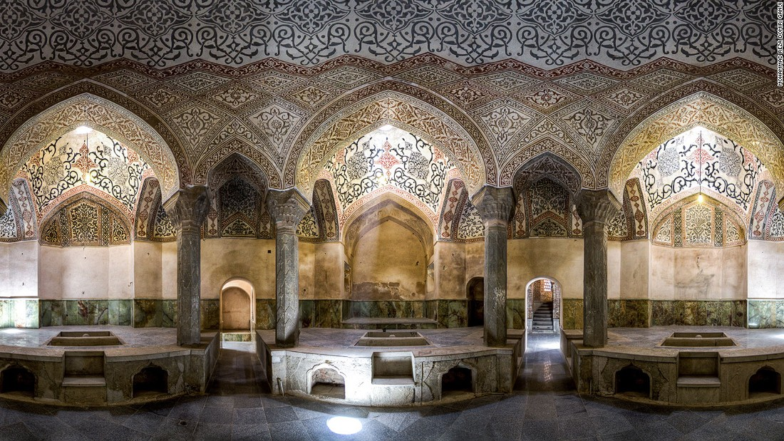 Located in the southwestern Iranian city of Julfa, this bath was originally used by royals of the Safavid dynasty and later opened to the public.