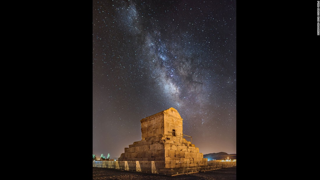 This tomb consists of a chamber with sloping roof built on seven stone tiers. In 336 BC, when Alexander the Great invaded Persia, Pasargadae was destroyed and the entire treasury of the palaces and tomb of Cyrus were looted.