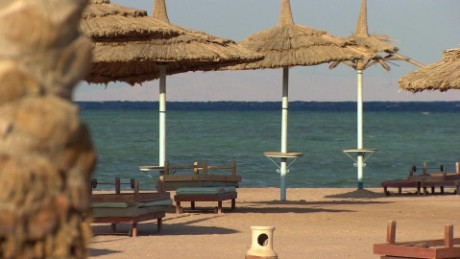 egypt sharm el sheikh tourism suffering lee pkg_00001007.jpg