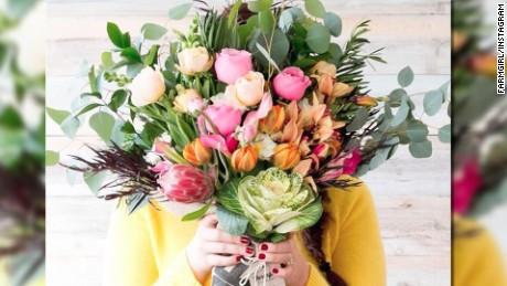buying flowers stembel intv lake wbt_00023221.jpg