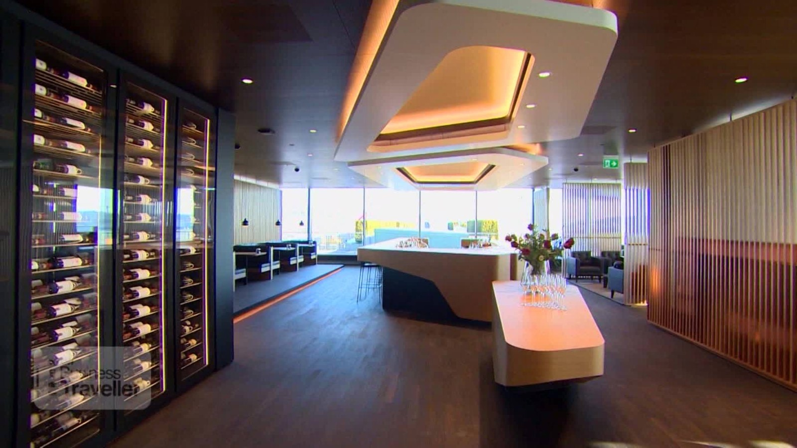 Airport lounges: Competing airlines improve ground game | CNN Travel