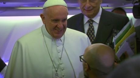 papal plane ride flores lok_00013602.jpg