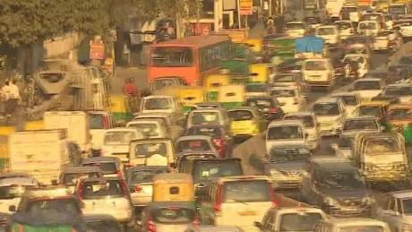 india new delhi traffic commute udas pkg _00000000