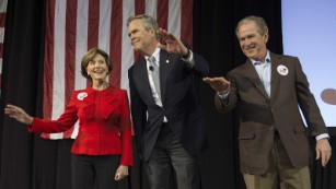 160215190426-george-bush-laura-jeb-feb-1